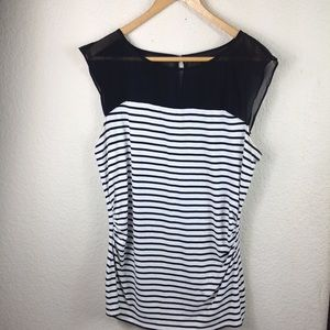 White House Black Market Black & white top sz L
